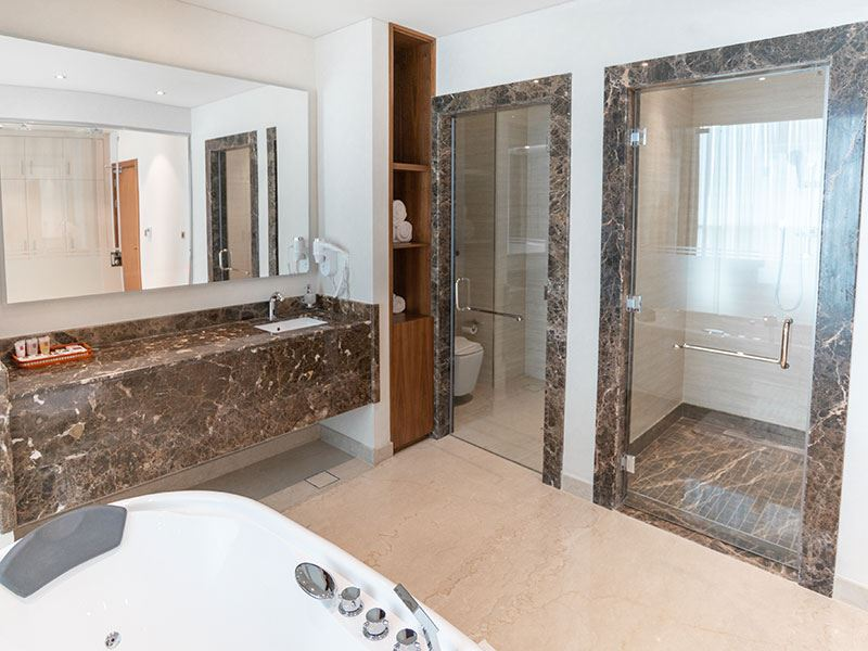 Presidential Suite-bathroom